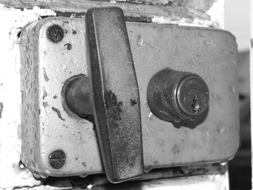 lock-1060230_960_720